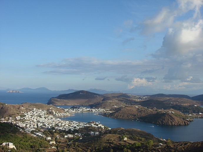 The view of the island from the Chora.