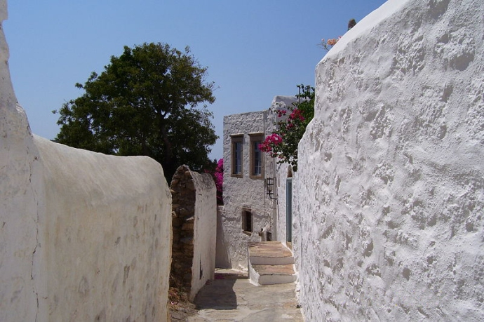 A typical lane through the Chora