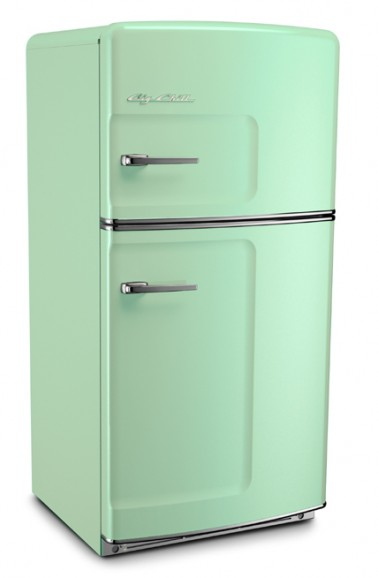 Retro-style aqua fridge. I'll take mine in white please. (From Bigchill.com)