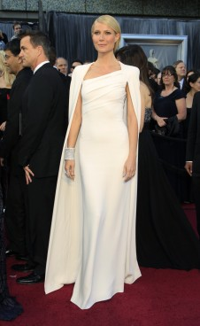 Gwynnie wearing a Tom Ford creation at the Oscars in 2012 and trying to channel Grace Kelly.