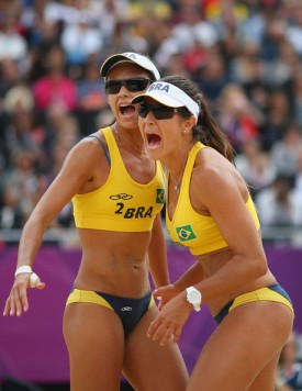 That's the way to do it Ladies! Maria Antonelli and Talita Rocha looking strong, healthy and feminine, curves, muscles and all.
