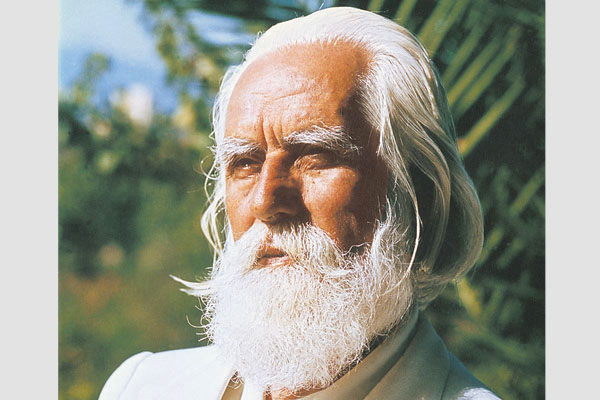 """It was Neem Karoli Baba who gave him the name """"Omraam"""" and it was Swami Nityananda who explained that Aivanhov was an incarnation of Vedic sage from the Solar Age and in fact had come back to bring back the Solar teachings."""
