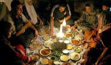Breaking the Ramadan fast