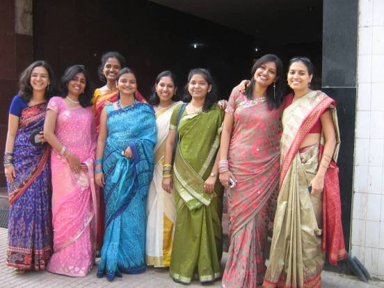 saree_group