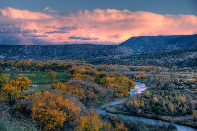 Taos has desert and deep river gorges on one side, and towering mountains of the Sangre de Cristo mountain range on the other side.