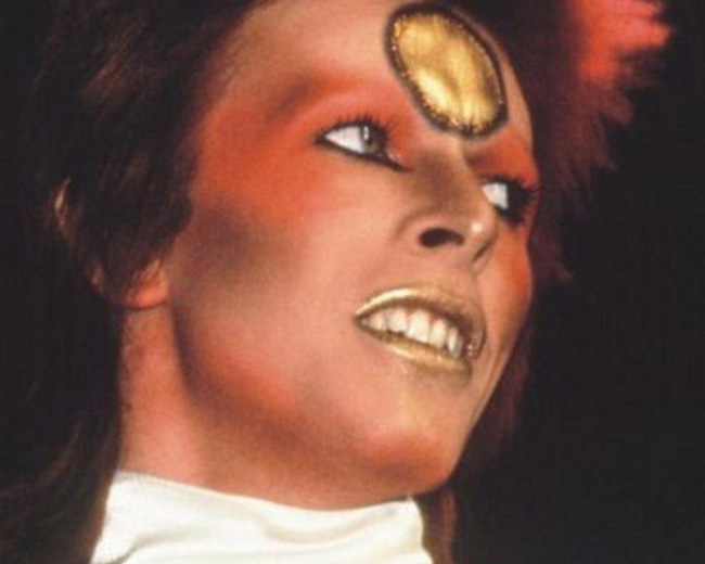 Bowie as the Starman