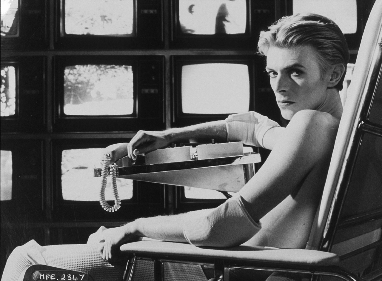 """Bowie in all his Mephistopheles-like beauty in the Nicholas Roeg film, """"The Man Who Fell To Earth""""."""